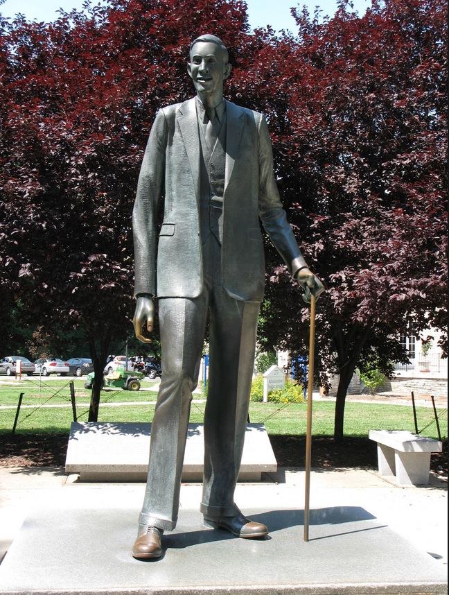 Tallest man ever statue