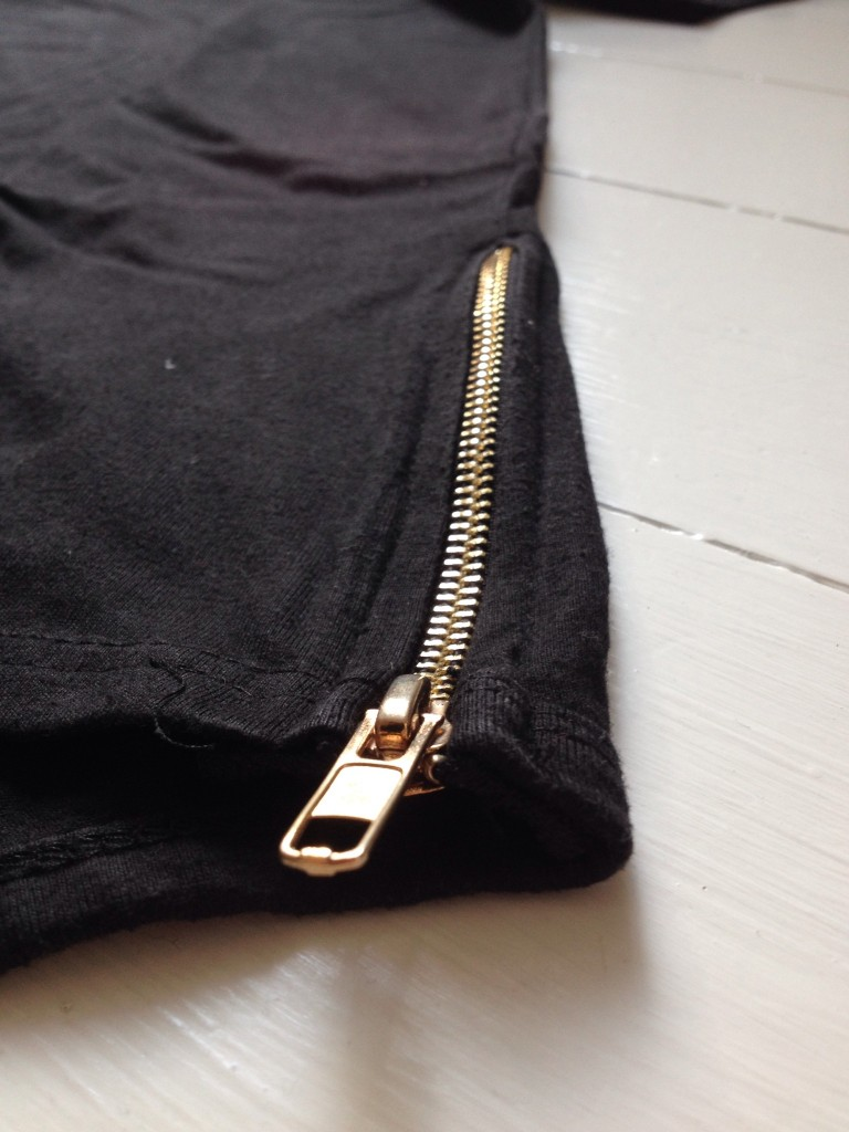 golden zipper on drop tail tall tee plus 2 Clothing